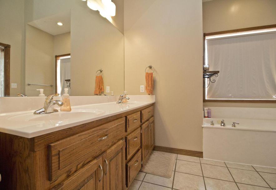 1061 Eagle Lake Drive Nixa, MO 65714 - Photo 30