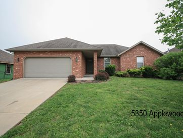 210 West Mazzy Drive Springfield, MO 65803 - Image 1