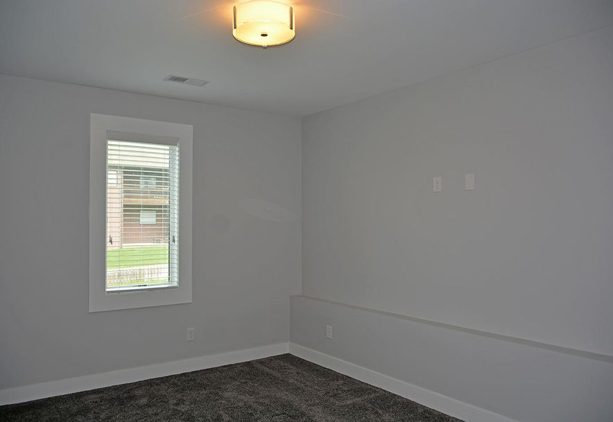 5985 South Lakepoint Drive Springfield, MO 65804 - Photo 45