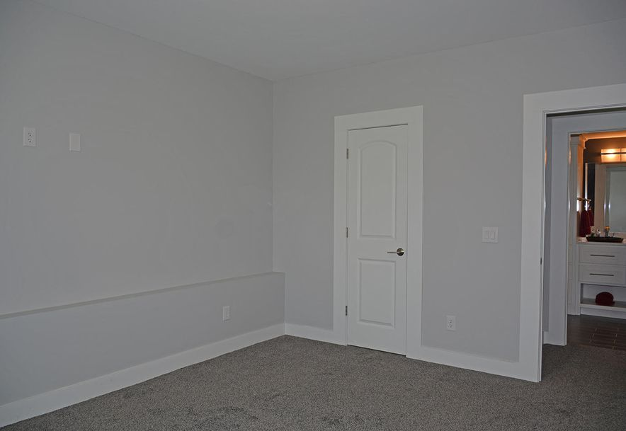 5985 South Lakepoint Drive Springfield, MO 65804 - Photo 46