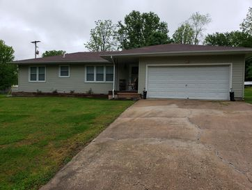 622 Mark Street Willard, MO 65781 - Image 1
