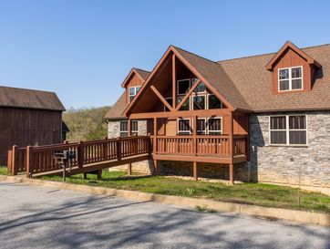 123 Poolside Way Branson West, MO 65737 - Image 1