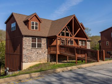 124 Poolside Way Branson West, MO 65737 - Image 1