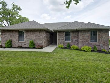 3320 East Beaumont Court Springfield, MO 65804 - Image 1