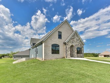 33 East Overbrook Court Fair Grove, MO 65648 - Image 1