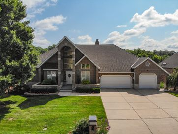 4824 South Bellhurst Avenue Springfield, MO 65804 - Image 1