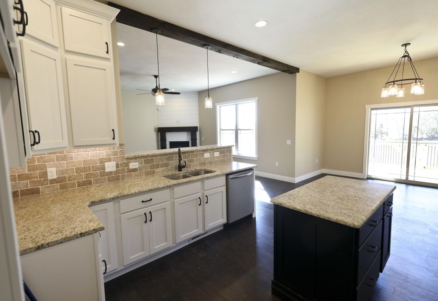 5645 East Park Place Strafford, MO 65757 - Photo 4