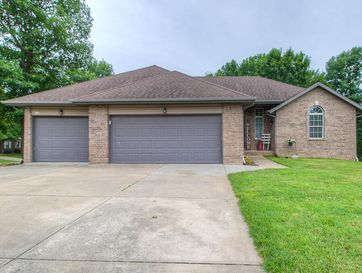 100 Pebble Creek Lane Willard, MO 65781 - Image 1