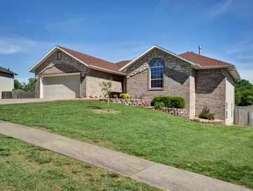 2625 West Westchester Court Springfield, MO 65810 - Image 1