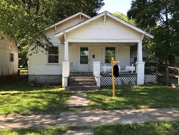 111 West Saint Louis Street Aurora, MO 65605 - Image 1