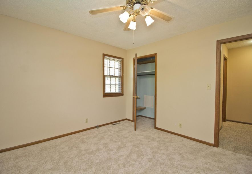 2035 West Melville Road Springfield, MO 65803 - Photo 18