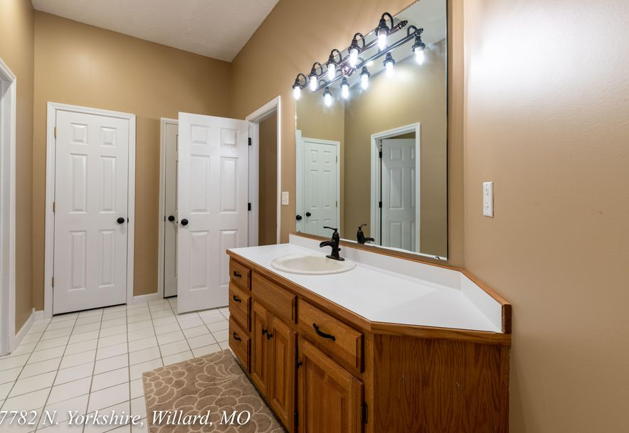 7782 North Yorkshire Lane Willard, MO 65781 - Photo 61