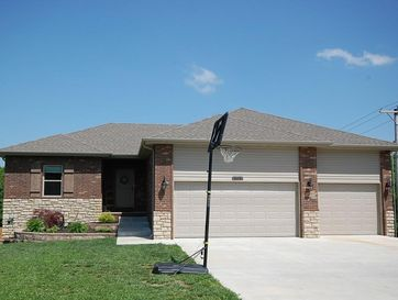 828 Mark Street Willard, MO 65781 - Image 1