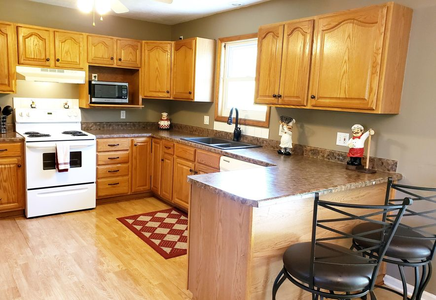 550 North Dill Street Marshfield, MO 65706 - Photo 14