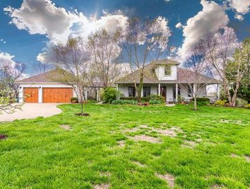 760 Hidden Springs Lane Reeds Spring, MO 65737 - Image 1