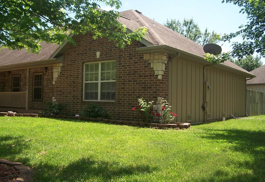 1006 East Waterford Boulevard Ozark, MO 65721 - Photo 2