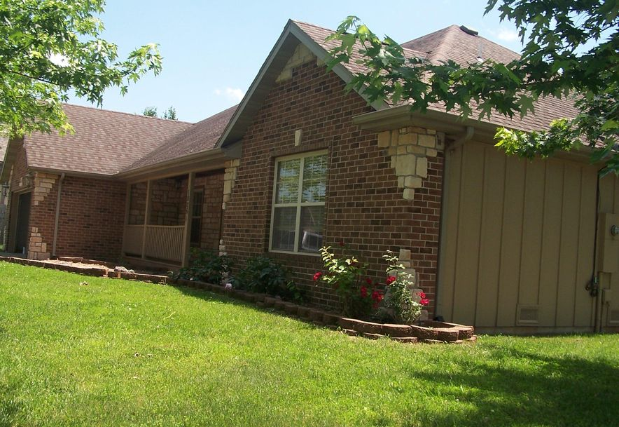 1006 East Waterford Boulevard Ozark, MO 65721 - Photo 3