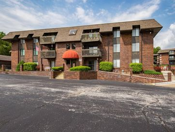 170 Wilshire Drive #76 Hollister, MO 65672 - Image 1