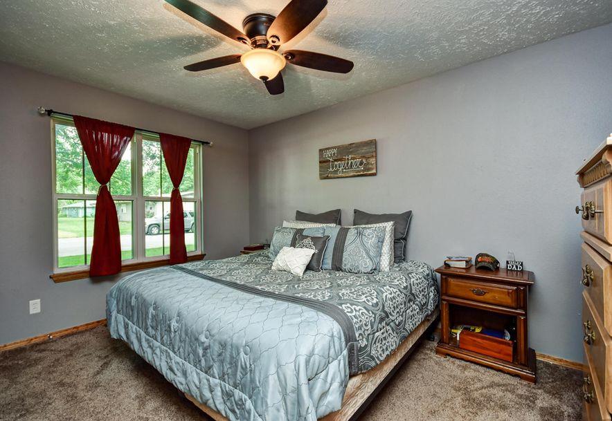 908 Patten Street Mt Vernon, MO 65712 - Photo 15