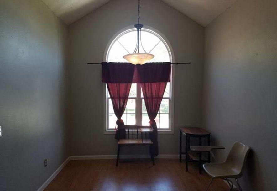 829 Pershing Street Willard, MO 65781 - Photo 6
