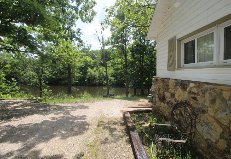8901 North Beards Bluff Lane Fair Grove, MO 65648 - Photo 2