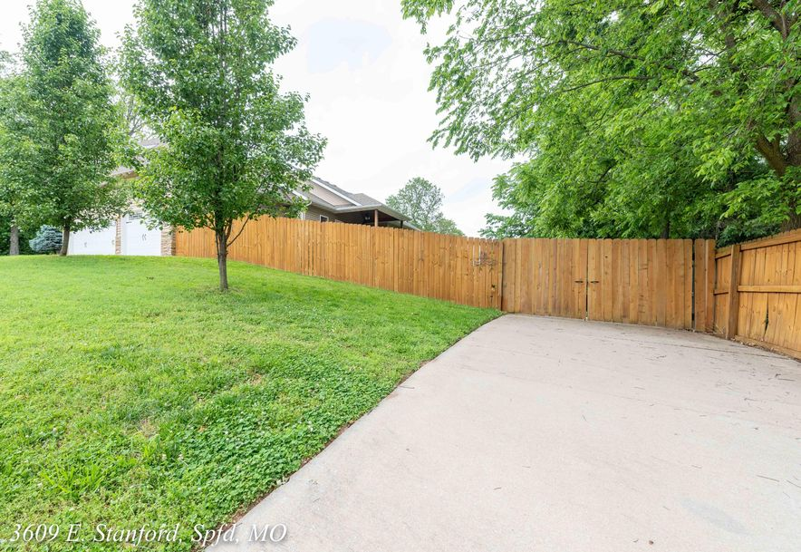 3609 East Stanford Street Springfield, MO 65809 - Photo 6