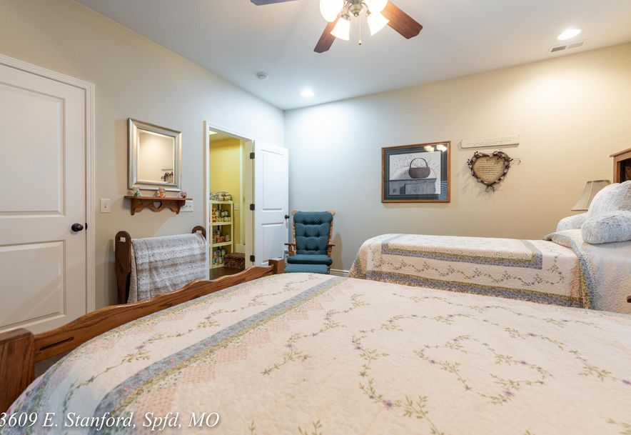 3609 East Stanford Street Springfield, MO 65809 - Photo 65