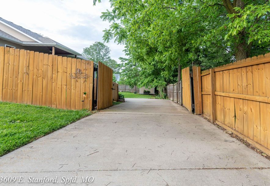 3609 East Stanford Street Springfield, MO 65809 - Photo 73