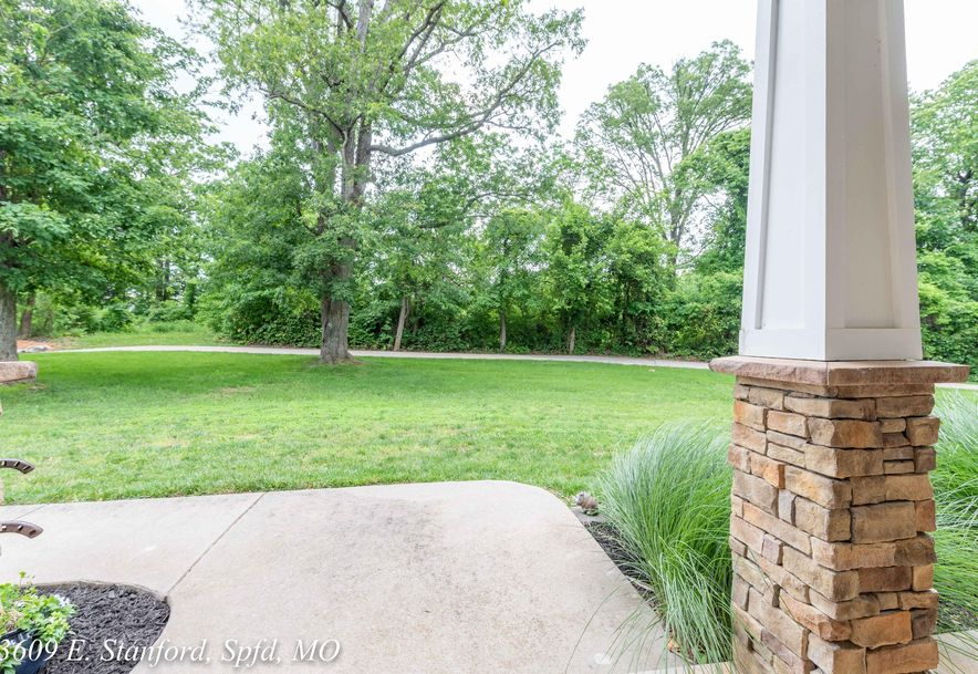 3609 East Stanford Street Springfield, MO 65809 - Photo 9