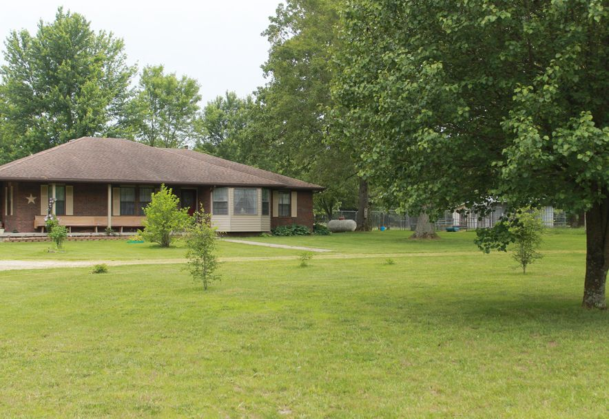 1260 Old Orchard Lane Marshfield, MO 65706 - Photo 3