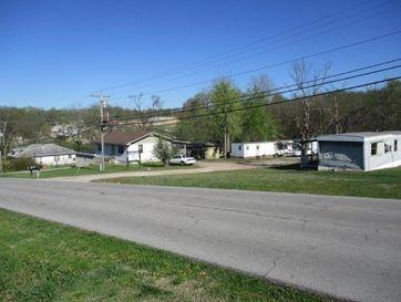 818 Johnson Avenue Ava, MO 65608 - Image 1