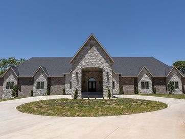 3219 East Sommerset Road Springfield, MO 65804 - Image 1