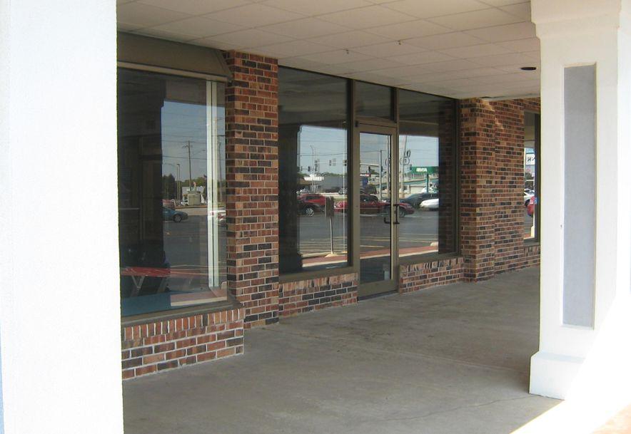 3863 South Campbell Avenue E Springfield, MO 65807 - Photo 4