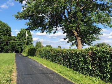 Photo of 1696 South Farm Road 129