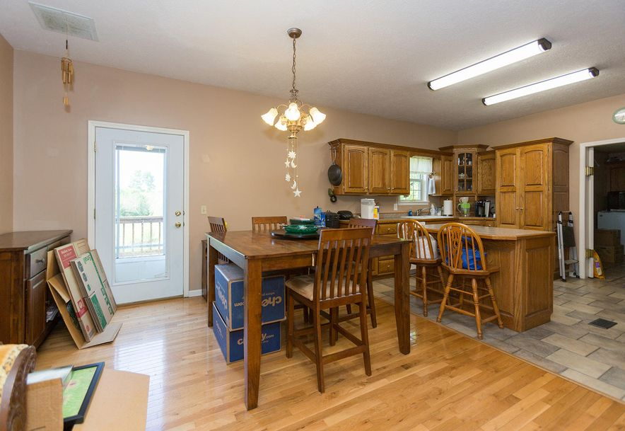 1096 Mount Carmel Road Clever, MO 65631 - Photo 18