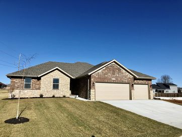 5721 East Pearson Parkway Strafford, MO 65757 - Image 1