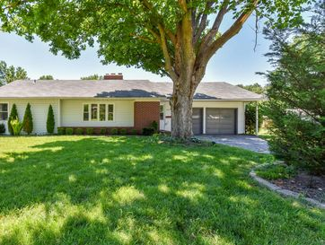 2025 South Link Avenue Springfield, MO 65804 - Image 1
