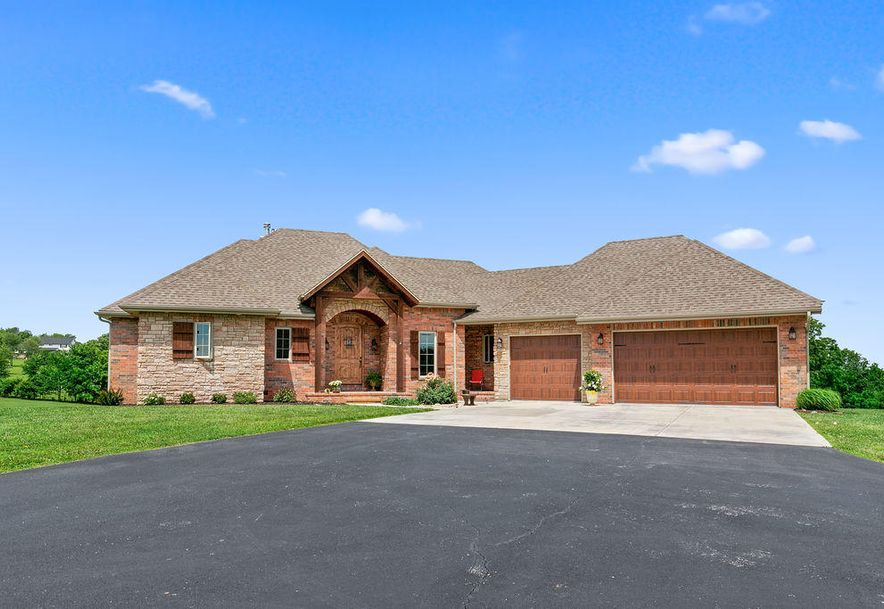 288 Woodland Park Drive Clever, MO 65631 - Photo 1