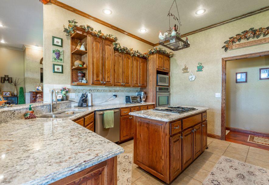 1153 Whispering Oaks Road Marshfield, MO 65706 - Photo 17
