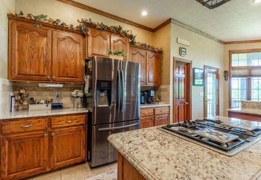 1153 Whispering Oaks Road Marshfield, MO 65706 - Photo 19