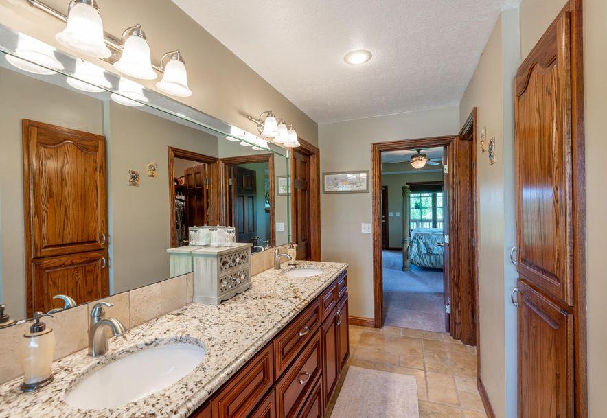 1153 Whispering Oaks Road Marshfield, MO 65706 - Photo 29