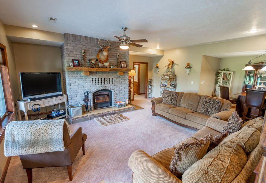 1153 Whispering Oaks Road Marshfield, MO 65706 - Photo 38