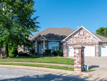 809 North Zachary Circle Nixa, MO 65714 - Image 1