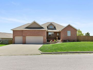 109 Long Drive Willard, MO 65781 - Image 1