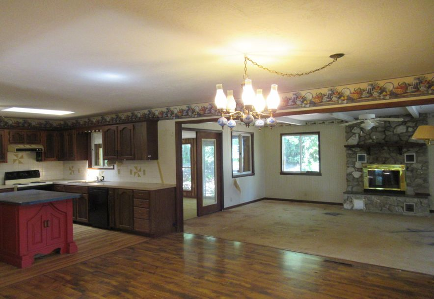 612 Spring Creek Road Clever, MO 65631 - Photo 7