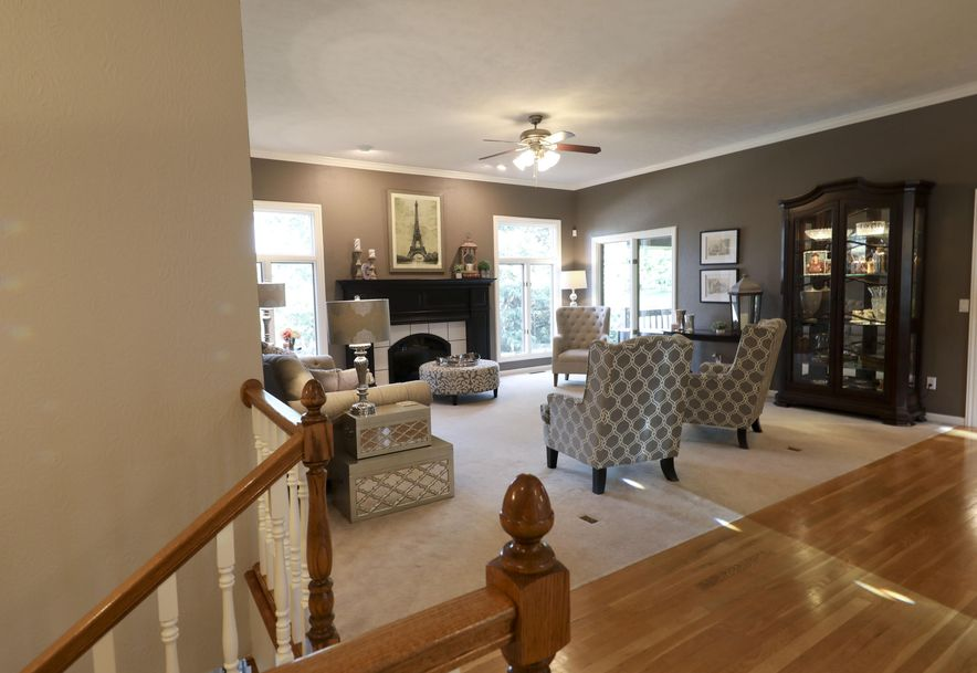 1958 South Brittany Place Springfield, MO 65809 - Photo 23