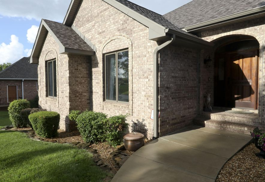1958 South Brittany Place Springfield, MO 65809 - Photo 8