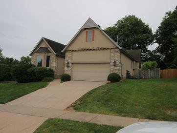 1147 South Carriage Avenue Springfield, MO 65809 - Image 1