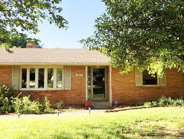 2817 East Rocklyn Road Springfield, MO 65804 - Image 1