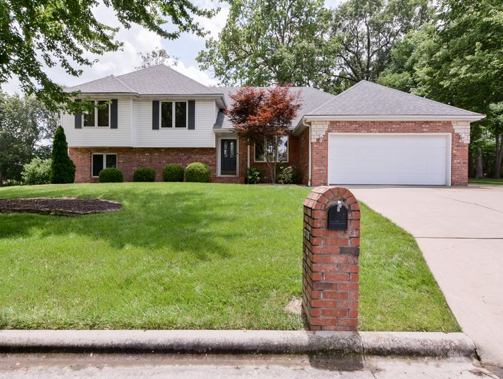 Photo of 3708 Pleasant Valley Drive